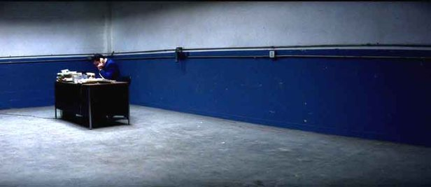 Barry Egan (Adam Sandler) all alone in Punch Drunk Love
