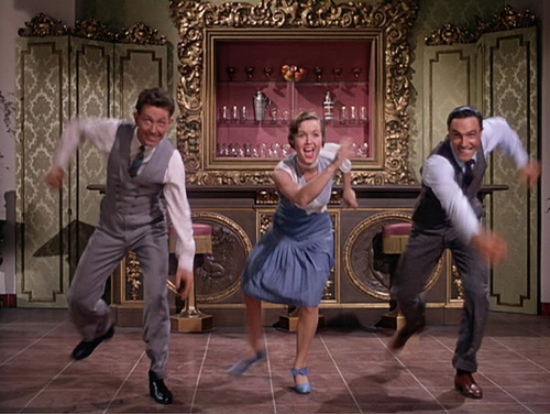 Donald O'Connor, Debbie Reynolds and Gene Kelly say 'Good Mornin'